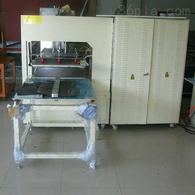塑料热合机 瑞安市瑞诚橡塑机械有限公司 > 汽车脚垫/地垫/门垫高频热